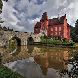 Pohádkový zámek by Miloš Stanko - Buildings & Architecture Public & Historical ( most, obloha, voda )