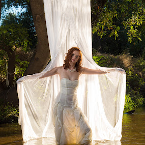 Trash the Dress photoshoot by Dirk Dreyer - People Portraits of Women ( water, reflection, outdoor, portrait )