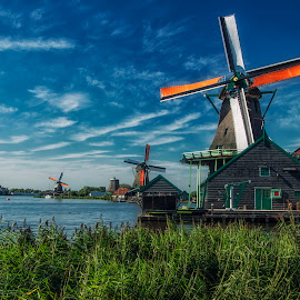 Zaanse Schans by Zari Dobrichk-off - Buildings & Architecture Public & Historical ( sky, blue, waterscape, green, holland, windmill )