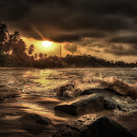 Sri Lanka sunset  by 乔 乔 - Nature Up Close Water ( photograph:  qiaoqiaoqiao )