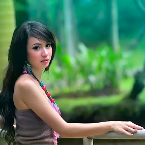 in the garden by Agus Wahyudi Photoworks - People Portraits of Women