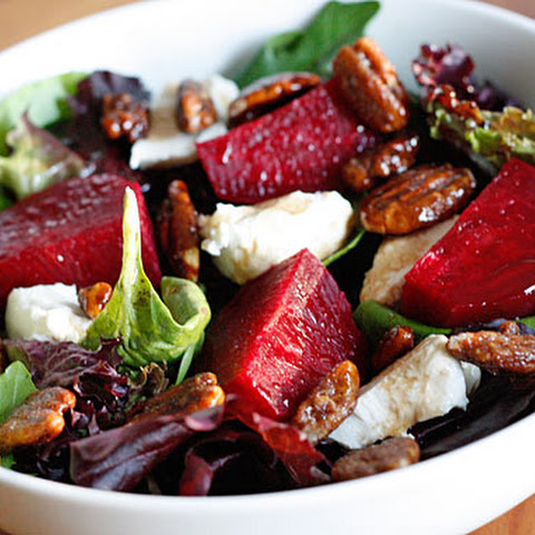 Baby Greens with Goat Cheese, Beets and Candied Pecans