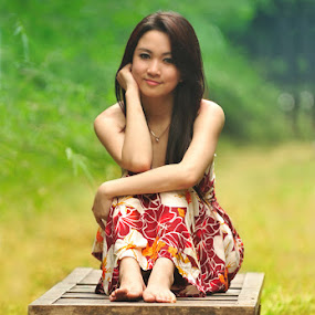 Senyum terindah by Gusti Gifarinnur - People Portraits of Women