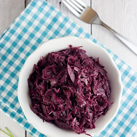 Easy Braised Red Cabbage