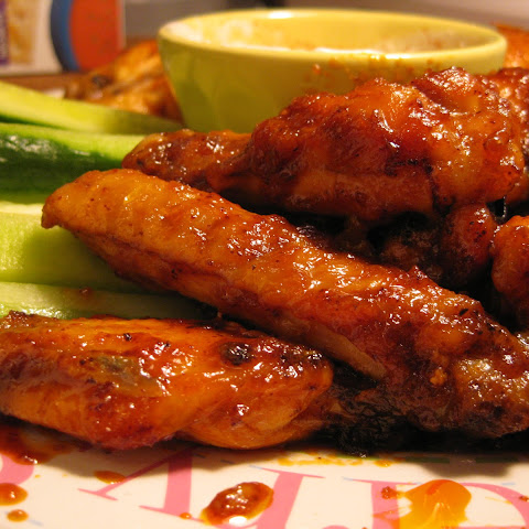 Mel's Red Hot Baked Wings