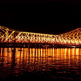 Glorious by Subham Kolay - Buildings & Architecture Bridges & Suspended Structures ( homecoming, samsunggalaxy, ferry docks, durgapuja, howrahbridge )