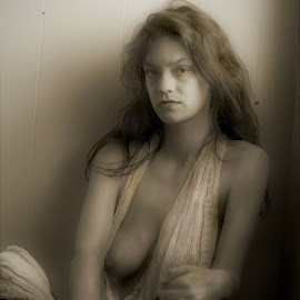 Amy by Jim Oakes - Nudes & Boudoir Boudoir ( model, window, female, black and white, semi-nude, light )