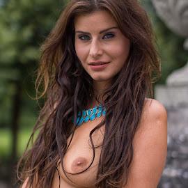 Cat eyes by Tatjana GR0B - Nudes & Boudoir Artistic Nude