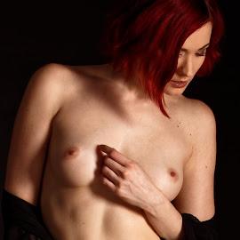 Strawberry blond II. by Michaela Firešová - Nudes & Boudoir Artistic Nude ( nude, woman, redhead )