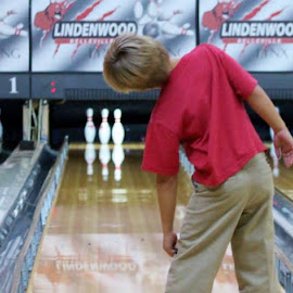A Little Lean by Sandy Darnstaedt - Sports & Fitness Bowling (  )