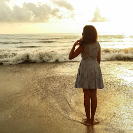 Beach Therapy by Pavithra Kothalawala - Instagram & Mobile Android ( girl, waves, sunset, sri lanka, beach, evening, beautiful girl )
