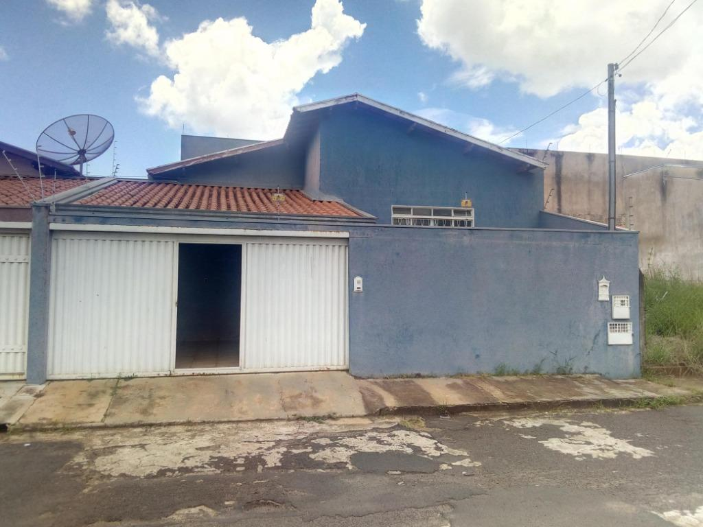 Casa com 3 dormitórios para alugar, 141 m² por R$ 850,00/mês - Quinta Boa Esperança - Uberaba/MG