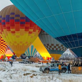 Uçmaya Hazırlık by Veli Toluay - Transportation Other ( renk, uçmak, kar, kış, balon )