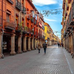 calle mayor, Alcalá de Henares by Roberto Gonzalo Romero - City,  Street & Park  Vistas ( alcalá, henares )