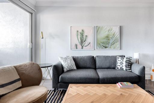 1 Bedroom Apartement