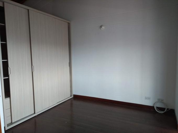 apartamento en arriendo la asomadera 1 594-22124