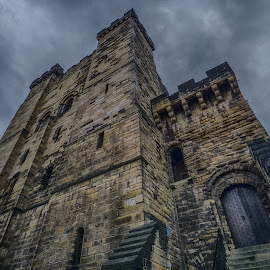 The Keep by Adam Lang - Buildings & Architecture Public & Historical ( sky, the keep, stone, castle, newcastle )