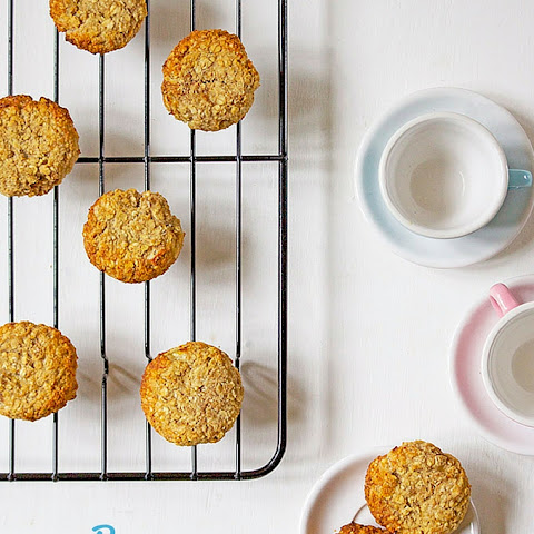 Banana and Oat Cookies