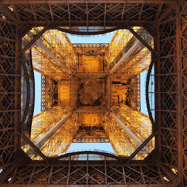 Look at the top by Francisco Cardoso - Buildings & Architecture Architectural Detail ( eiffel tower, paris, sunset, symmetry, iron )