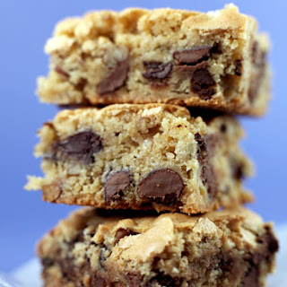 Blue Ribbon Winner Chocolate Chip Cookie Bars