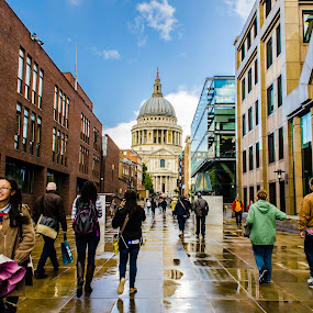 St. Paul's Cathedral by Jennifer Tsang - City,  Street & Park  Street Scenes ( uk, london, st. paul's cathedral, united kingdom )