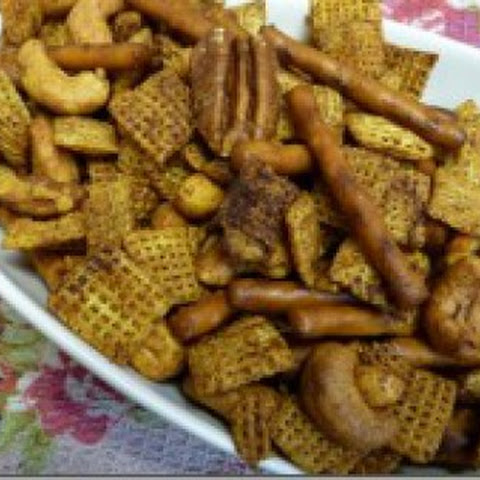 Spicy Gluten Free Texas Trash Chex Mix!