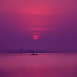 Sunrise and a boat by Manoj Kulkarni - Landscapes Sunsets & Sunrises ( bhigwan, sunrise, landscape, boat )