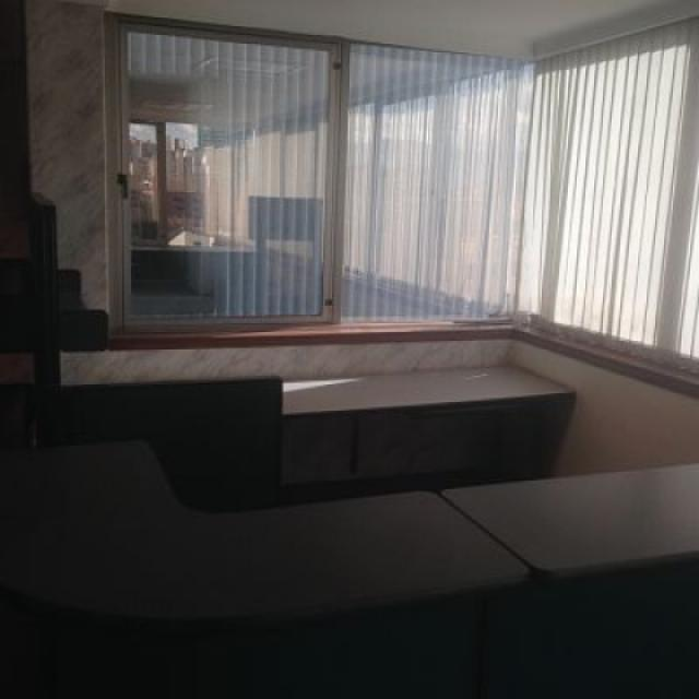 oficinas en arriendo milla de oro 585-2341