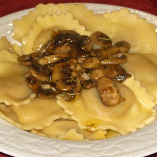 Buitoni Riserva Crab Ravioli with Olive Oil Mushroom Sauce