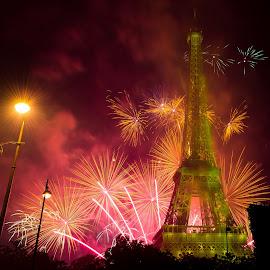 La Tour Eiffel by Cosmin Stahie - Buildings & Architecture Public & Historical ( feu, artifice, 2015, national, eiffel, 14, fire, city, works, holiday, paris, julliet, tower, nationale, fireworks, d'artifice, july, france, day, tour, fete )