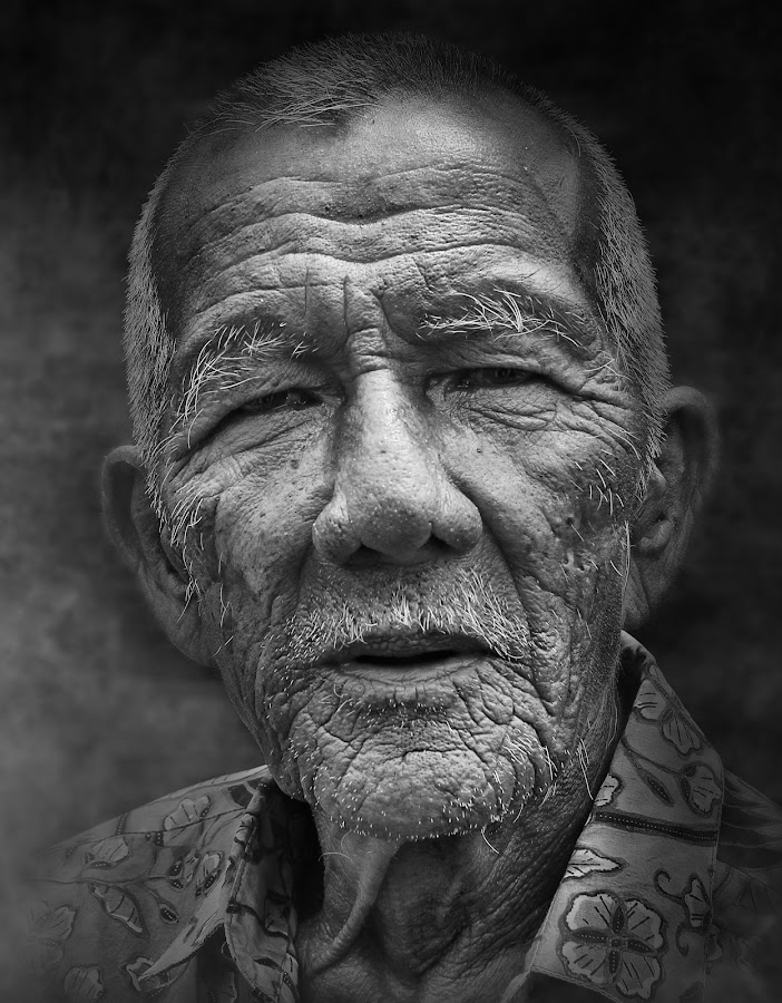 by Oji Blackwhite - People Portraits of Men ( senior citizen )