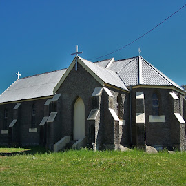 Jugiong Church by Sarah Harding - Novices Only Street & Candid ( building, church, novices only, architecture, historic )
