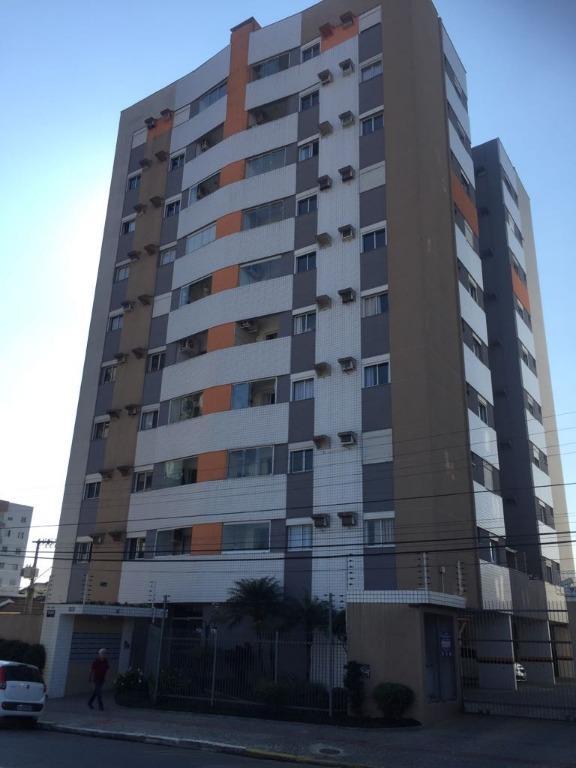 Apartamento residencial à venda, Anita Garibaldi, Joinville.