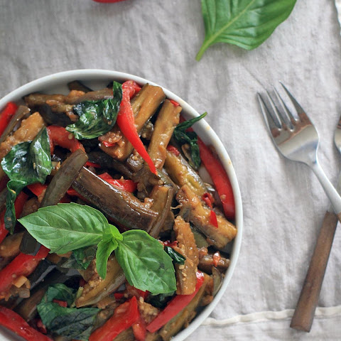 Spicy Eggplant with Red Bell Pepper and Thai Basil