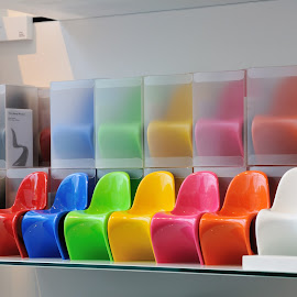 Color organ by Victor Eliu - Artistic Objects Furniture ( chairs, colors, furniture, objects, design )