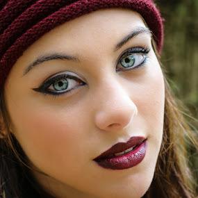 Ana's blue eyes by Fernanda Magalhaes - People Portraits of Women ( blue eyes, retrato, beauty, close up, portrait )