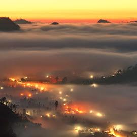 Mount Batur Valley by Hendra Gunawan - Landscapes Mountains & Hills ( nature, travel, sunrise, place, landscape )