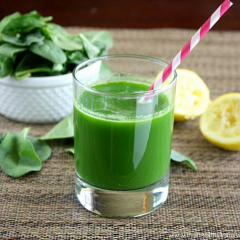 Spinach, Cucumber and Celery Juice (Raw, Vegan, Gluten-Free, Dairy-Free, Paleo-Friendly)