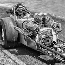 by Allen Skinner - Black & White Sports ( gateway motorsports raceway drag racing )