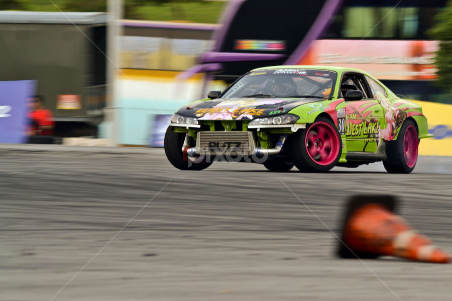 Drift it by Mohd Hisyam Saleh - Sports & Fitness Motorsports ( himpunan belia 2012, 2012, hari belia 2012, malaysia, drift )