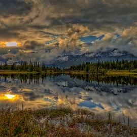 Skogshorn by John Aavitsland - Landscapes Mountains & Hills