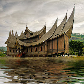 Pagaruyung Palace by Ketut Manik - Buildings & Architecture Public & Historical