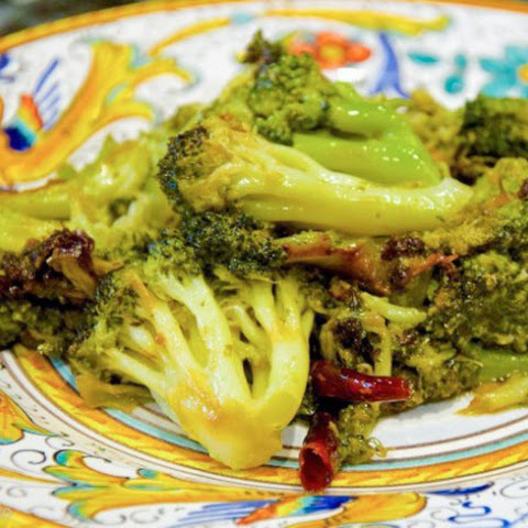 Broccoli strascinati (Dry Sautéed Broccoli)
