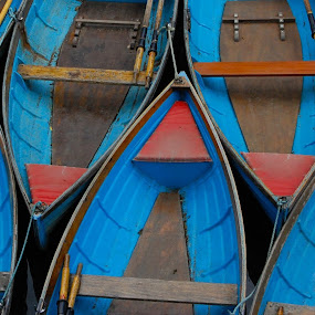 Punts In Oxford by Freddie Meagher - Transportation Boats ( water, england, punts, blue, tradition, boats, oxford, tourism, river )