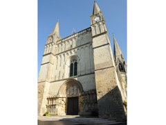photo de Eglise Le Puy