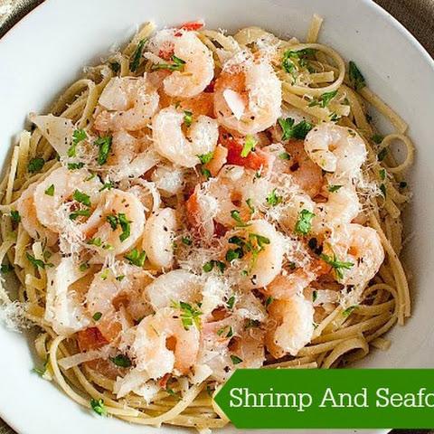 Shrimp And Seafood Pasta In Garlic Lemon Sauce