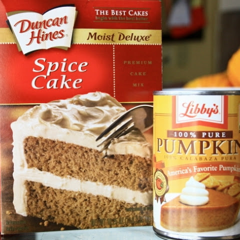 PUMPKIN SPICE CAKE MIX MUFFINS (Weight Watchers)