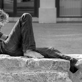 Homeless by John O'Groats - People Portraits of Men ( homeless, rouen, normandie, feet, france )
