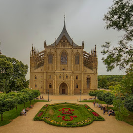 St. Barbara's Church, Kutná Hora by Yordan Mihov - Buildings & Architecture Places of Worship ( sigma, sony alpha, kutná hora, czech republic, st. barbara's church )