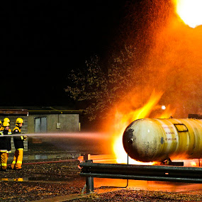 Horsham Rural Fire Brigade Training by Lynton Brown - News & Events World Events ( lynton brown )
